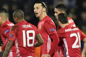 ibrahimovic, manchester united, 2016, 17, esulta,