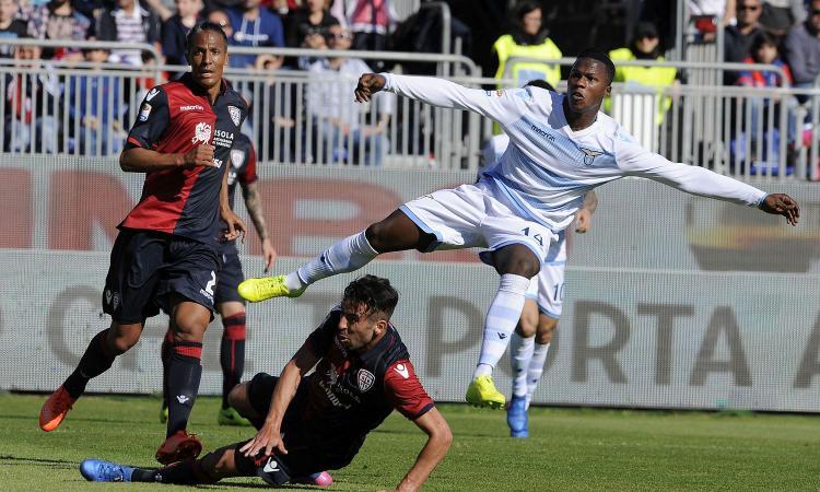 Cagliari-Lazio, scontri fra ultras. Laziali aggrediti, c'è un ferito