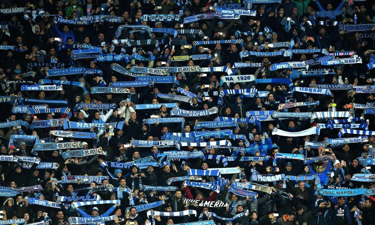 Napoli, in 45mila al San Paolo con la Fiorentina per l'ultima in casa