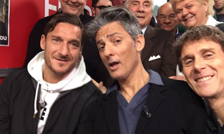 Viva RaiPlay: la prima di Fiorello sa di Sanremo VIDEO