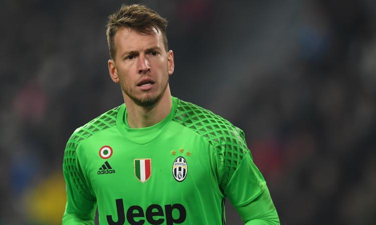 Juventus, Neto ai saluti: 'Due anni indimenticabili, grazie di tutto'