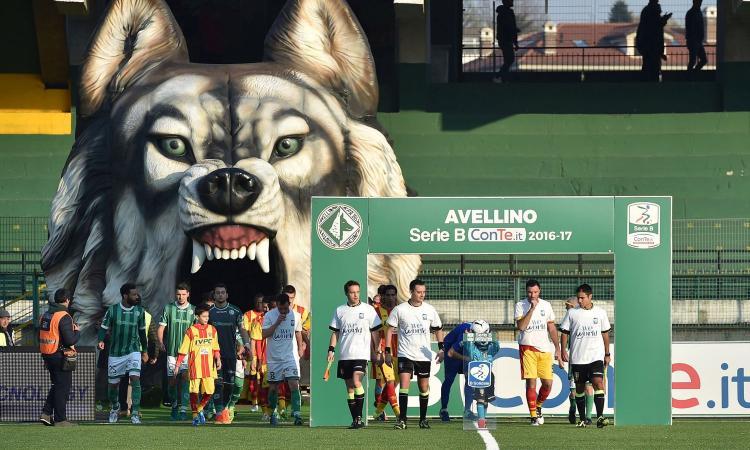 Avellino, UFFICIALE: rescinde un centrocampista