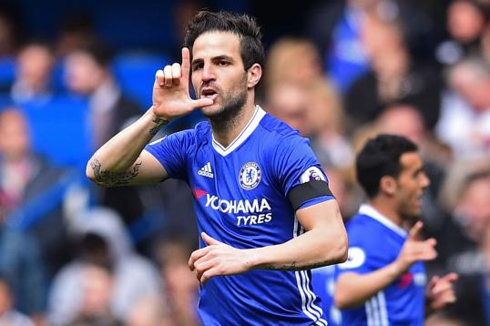 transfer news maurizio sarri the key to fabregas move from chelsea