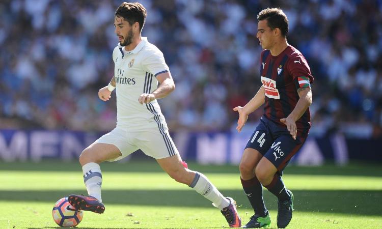 Real Madrid, Perez: 'Isco? Il Barcellona non ha mai chiamato...'