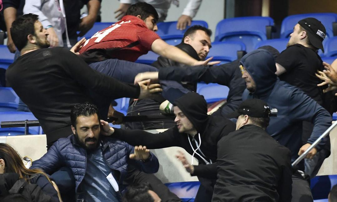 Fermare 'delinquenti comuni' a colpi di giustizia sportiva?