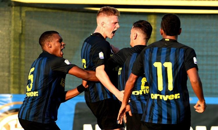 Inter, Emmers sull'eliminazione in Youth League: 'Dispiace uscire così'