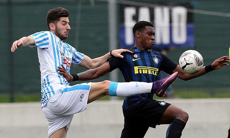 Inter, il Genoa punta forte un giovane difensore