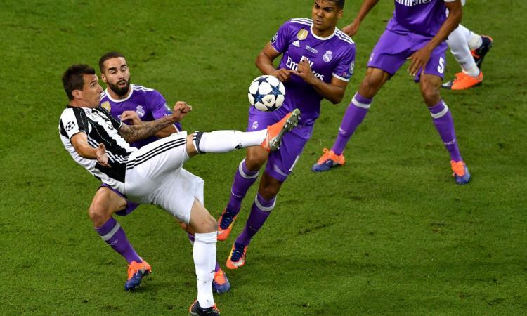 Juve: Mandzukic candidato al gol dell'anno UEFA. Sfida Casemiro e Asensio