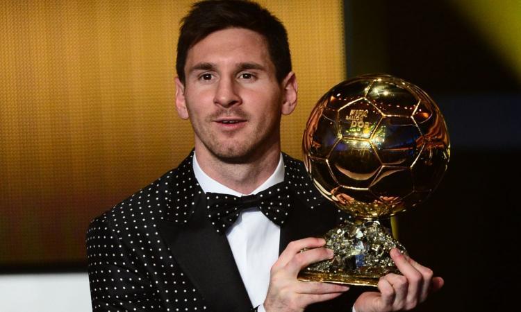 L'Espresso: Messi fa finta beneficenza e non paga le tasse. Rischia il carcere