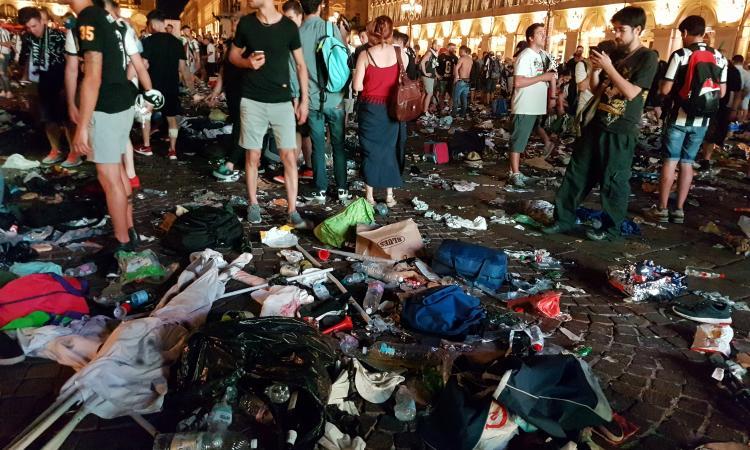 Piazza San Carlo: perizia sullo spray urticante che avrebbe scatenato il panico