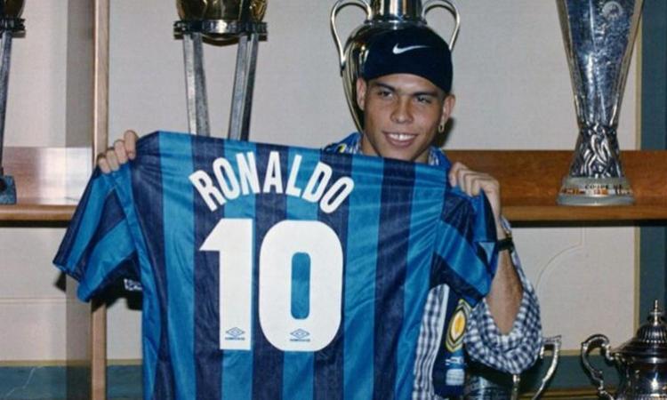 Risultati immagini per ronaldo inter