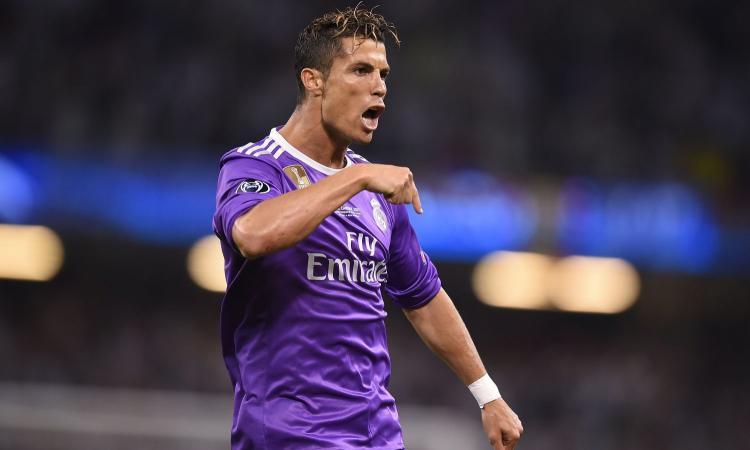 Real Madrid, Perez: 'Non venderò mai Cristiano Ronaldo'