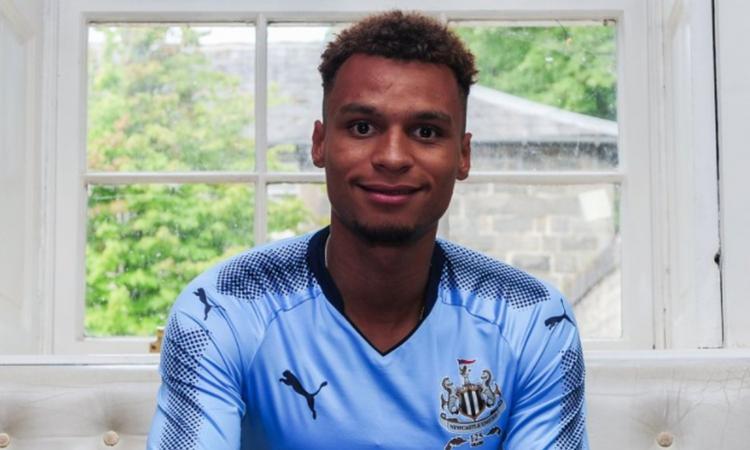 Newcastle, UFFICIALE: preso un attaccante dal Norwich