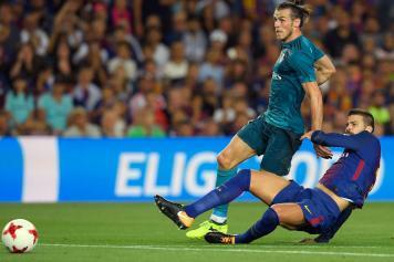 Pique Barcellona scivolata Bale Real