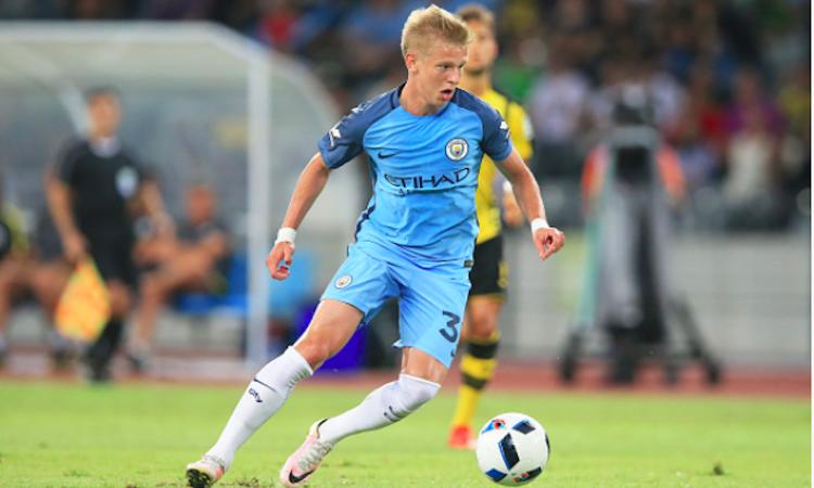 Manchester City, Guardiola ha le idee chiare su Zinchenko