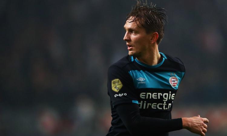 De Jong salva il PSV: +6 sull'Ajax VIDEO
