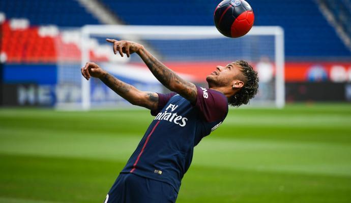 """""""Non sono qui per soldi"""", Neymar e dintorni"""