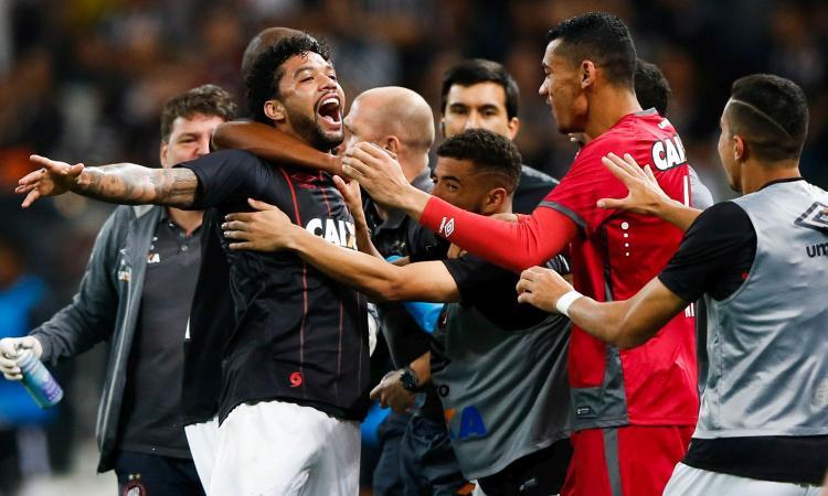 Bordeaux, UFFICIALE: accordo per Otavio dall'Atletico Paranaense