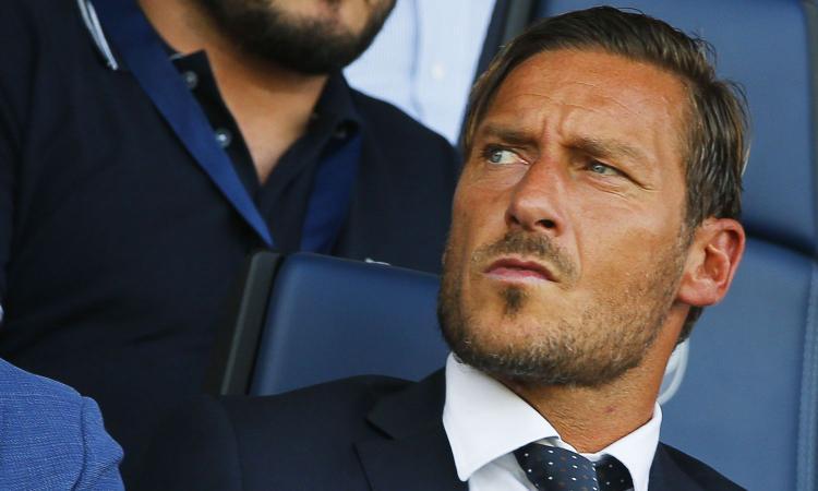Roma, Totti: 'Girone tosto anche per le altre. Nuovo ruolo? Sono a disposizione di tutti' VIDEO