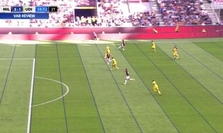 MOVIOLA: Milan-Udinese, il Var annulla un gol a testa per offside. Tre episodi in Chievo-Atalanta