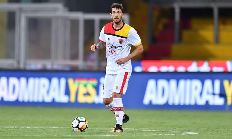 Fiorentina, mosse a centrocampo per gennaio: difficile Hernandez. Cataldi e Viviani...