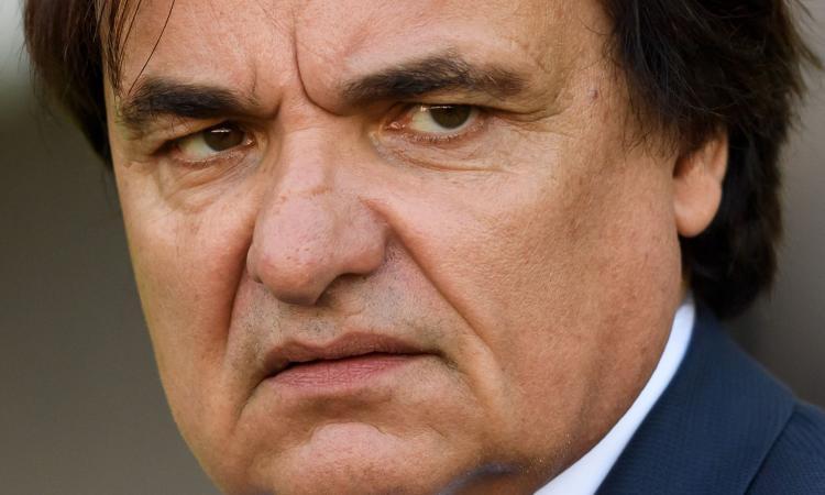 Svizzera, schiaffi e calci del presidente del Sion a un opinionista: 'Se l'è meritato' VIDEO