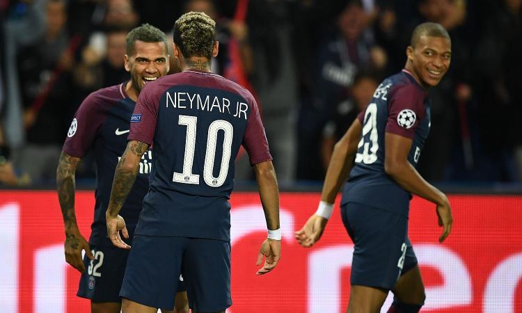 Dani Alves: 'Neymar? La sua felicità è a Barcellona'