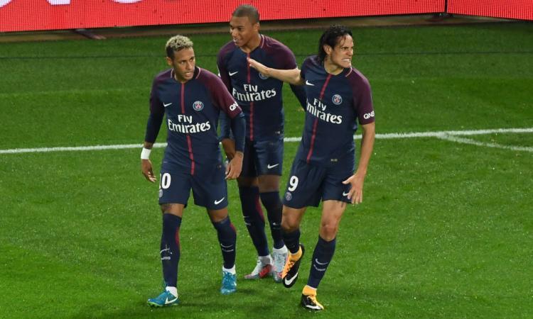 Ligue 1: Balotelli fa vincere il Nizza, PSG batte Lione con due autogol VIDEO