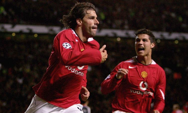 Il retroscena: 'van Nistelrooy via dallo United per aver offeso Cristiano Ronaldo'