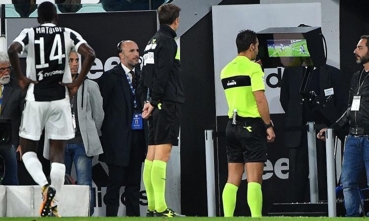 Moviola: netti i penalty per il Milan, non quello su Jankto. Var protagonista per Juve, Atalanta e Sassuolo