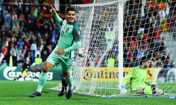 André Silva, manca solo il gol in Serie A: chance nel derby, occhio al Barcellona