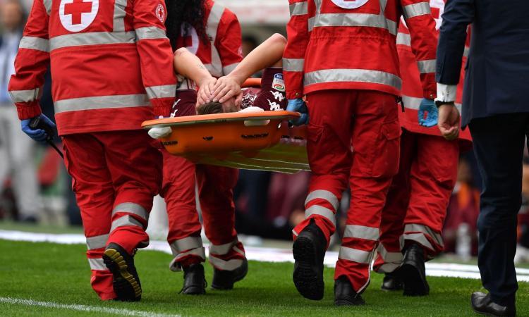 Torino, paura Belotti: esce in barella, problema al ginocchio. Italia a rischio