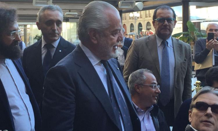 De Laurentiis, mano pesantissima sul Napoli: multe ai giocatori, possono arrivare fino al 50% dello stipendio