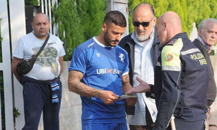 Brescia, i giocatori abbandonano il primo allenamento di Marino. I motivi? Multe e polizia