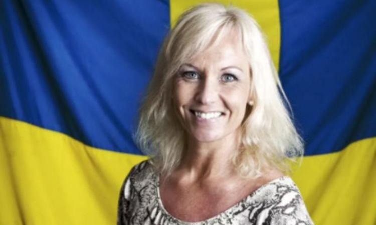 L'ex calciatrice: 'Tre nazionali svedesi mi mandavano foto del loro pene'