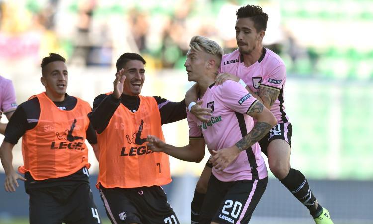 Palermo, La Gumina: 'Dedico il gol alla mia famiglia, sono grato a Zamparini'
