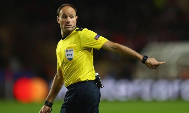 Napoli: arbitro spagnolo col Manchester City. Con lui 2 successi in trasferta