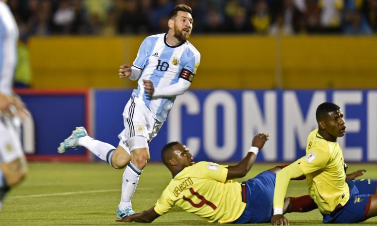 Un padre accusa: 'Club e procuratori hanno illuso mio figlio: sei come Messi'