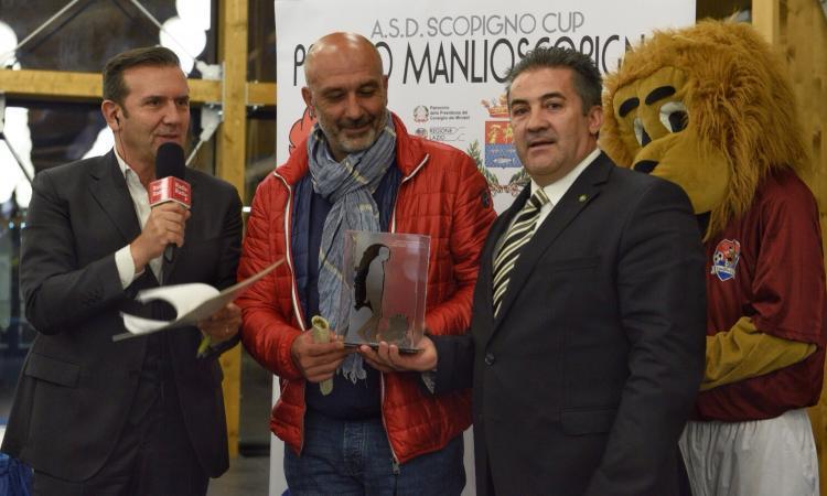 Il sindaco di Amatrice: 'Grazie a tutto il calcio italiano, tranne Juventus e Inter'
