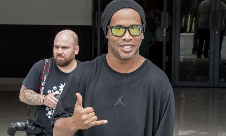 Ronaldinho: 'Il Napoli può vincere lo scudetto. Su Sarri...'