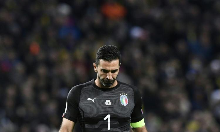 Codacons: 'I calciatori restituiscano il compenso. Niente Mondiali? Danni per oltre 1 miliardo di euro per l'Italia'