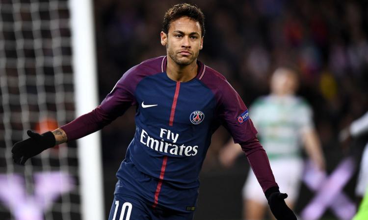 Neymar si toglie dal mercato: 'Resto al PSG, un onore giocare con Buffon'