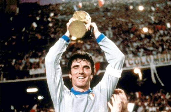 VivoPerLei, un blogger ricorda i Campioni del Mondo 1982: 'Anniversario di un capolavoro'