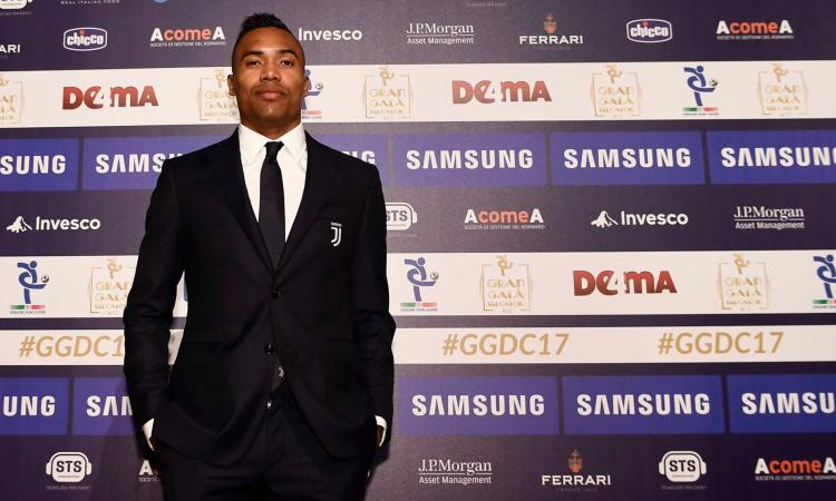Dall'Inghilterra: Alex Sandro vuole lasciare la Juve