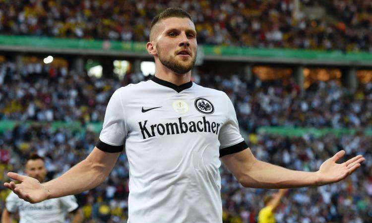 Convocati Eintracht: out Rebic