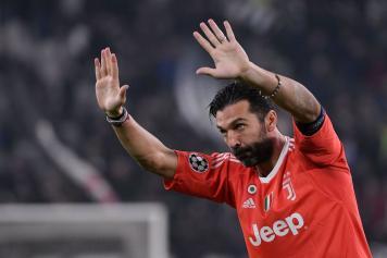 Buffon fermi tutti Juve