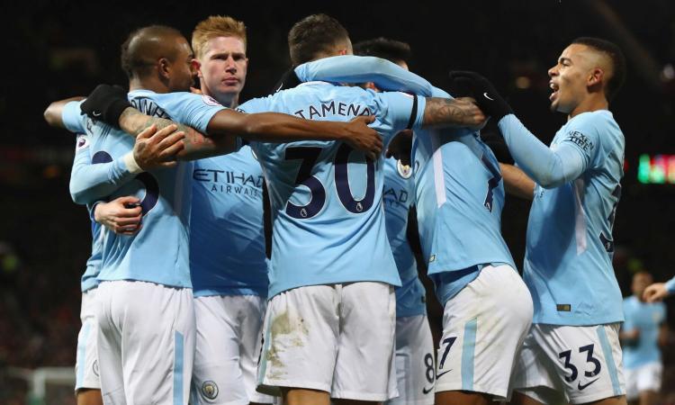 City, lezione di calcio allo United: a Old Trafford è 1-2, Guardiola a + 11 su Mou
