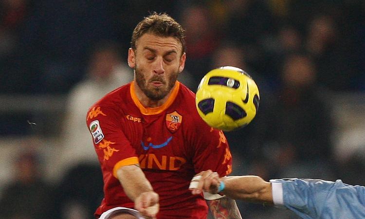 Maldini: 'L'addio di De Rossi alla Roma mi ha sorpreso. È una scelta dolorosa'