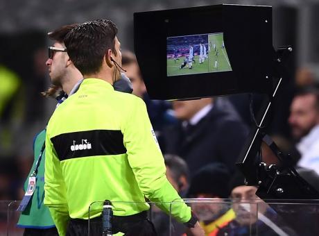 Serie A: Juve-Milan, l'arbitro al Var vale 2,75