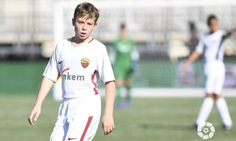 Roma: il figlio di Totti a Madrid campione di fair play e inglese VIDEO